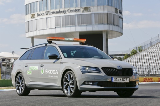 ŠKODA SUPERB COMBI SPORTLINE ist National Medical Car beim Grand Prix-Wochenende am Hockenheimring
